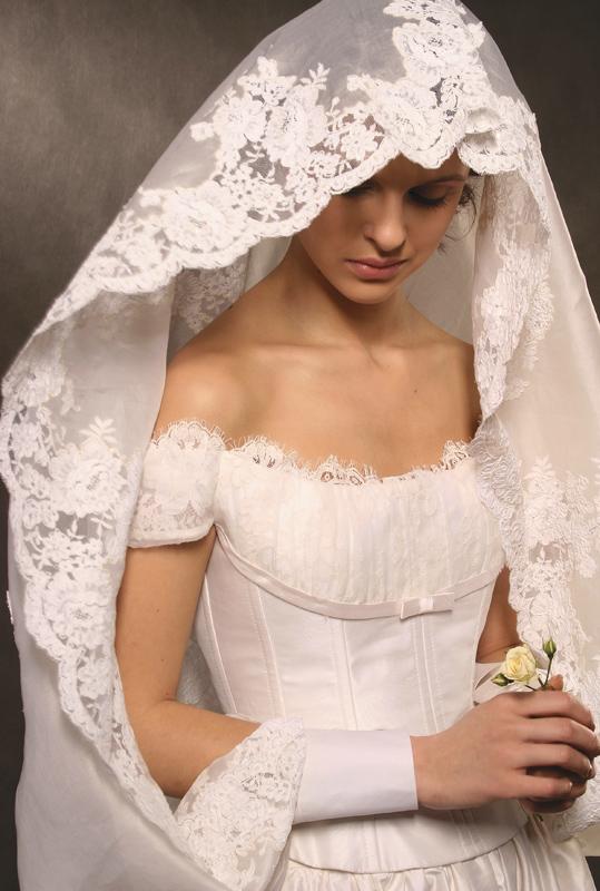 Свадебное венчальное платье (фото, каким должно быть, сшить или купить — что лучше)