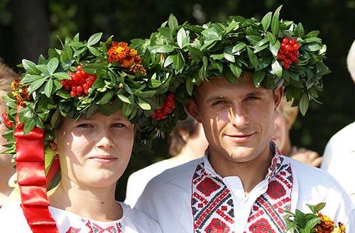 Современные и старинные русские свадебные обряды в России