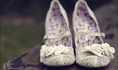 Свадебная обувь без каблука, на высоком каблуке, на низком каблуке – какую выбрать
