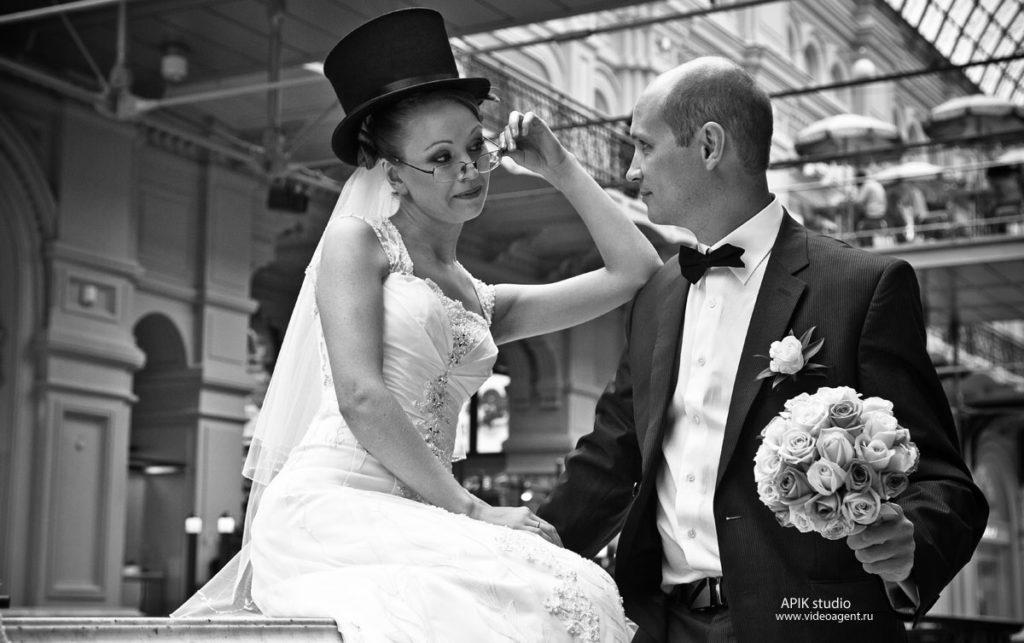 Что подарить на кожаную свадьбу (3 года)?