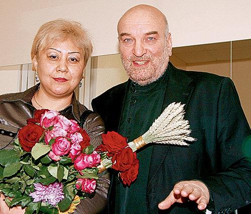 Актер Алексей Васильевич Петренко женился, его женой стала Азима Расуловна