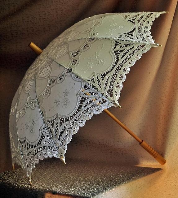 Зонтик из кружева своими руками