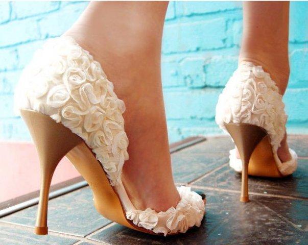 Какую обувь одеть на свадьбу летом