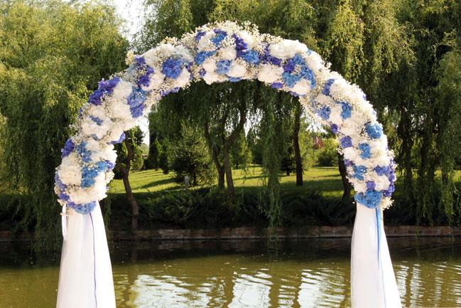 Свадебная арка из цветов своими руками