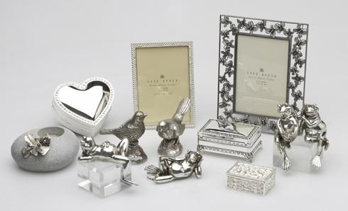 Что можно подарить на серебряную свадьбу родителям от детей