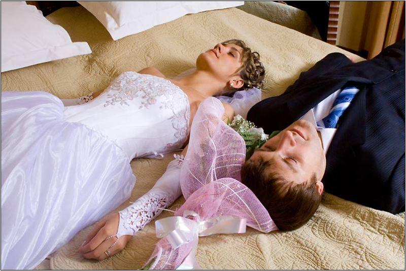 Жених и невеста брачная ночь видео